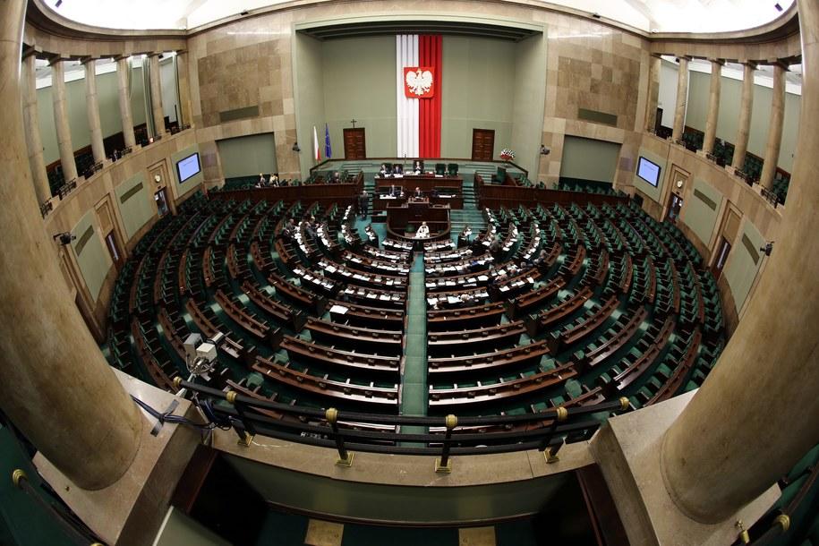 Sala plenarna Sejmu /PAP/Tomasz Gzell /PAP