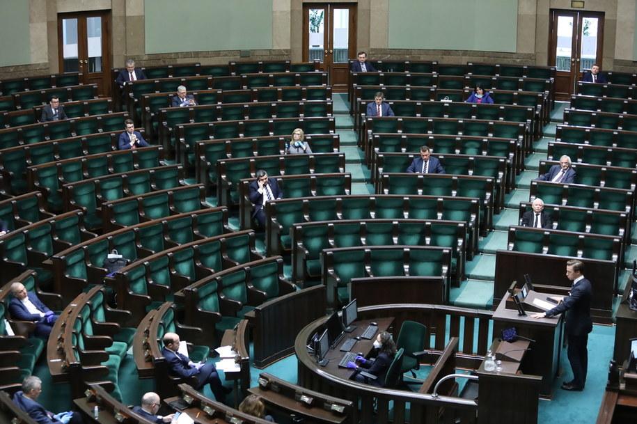 Sala plenarna Sejmu / Leszek Szymański    /PAP