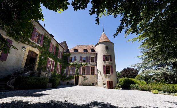 Sala rycerska, podziemne tunele. XIV-wieczny zamek może być Twój!
