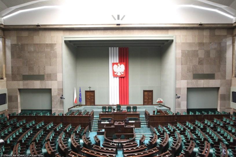 Sala sejmowa, zdj. ilustracyjne /Stanisław Kowalczuk /East News