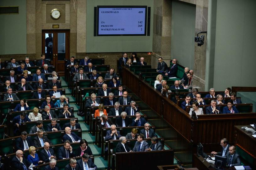 Sala sejmowa /Jakub Kamiński   /PAP