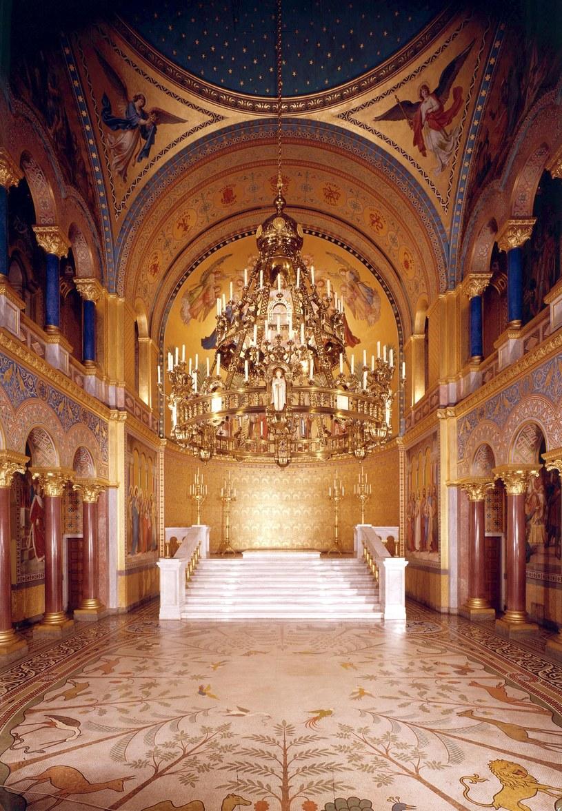 Sala tronowa zamku Neuschwanstein /Agencja FORUM