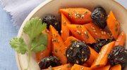 Sałatka marchewkowa ze śliwkami kalifornijskimi