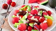 Sałatka z arbuzem, awokado i pomidorami