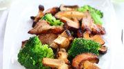 Sałatka z brokułami na ciepło