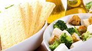 Sałatka z brokułów i sera feta