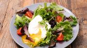 Sałatka z jajkiem po wiedeńsku