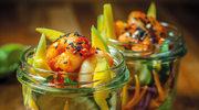Sałatka z mango i krewetkami (Yum ma muang goong sod)