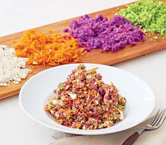 Sałatka z nasionami chia /materiały prasowe