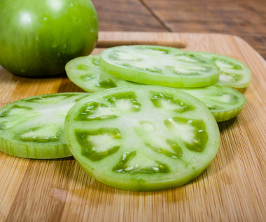 Sałatka z zielonych pomidorów do słoików