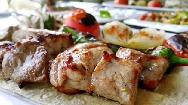 Salmonella w polskiej żywności. Unijny system ostrzega