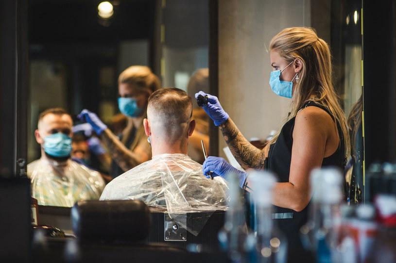 Salon fryzjerski w Gdyni. Zdjęcie ilustracyjne /Karol Makurat /Reporter
