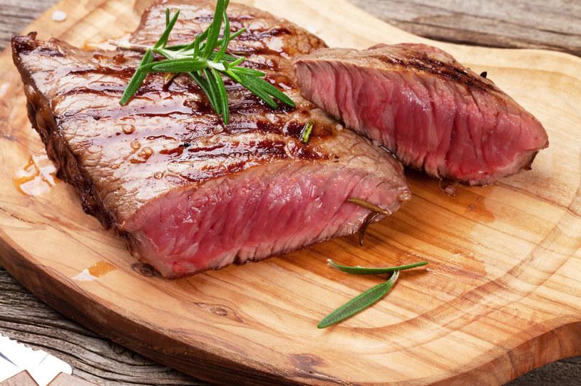 Same rośliny strączkowe nie są w stanie zastąpić mięsa /123RF/PICSEL