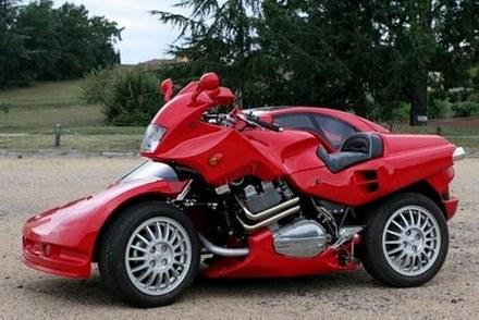Samochód czy motocykl? /