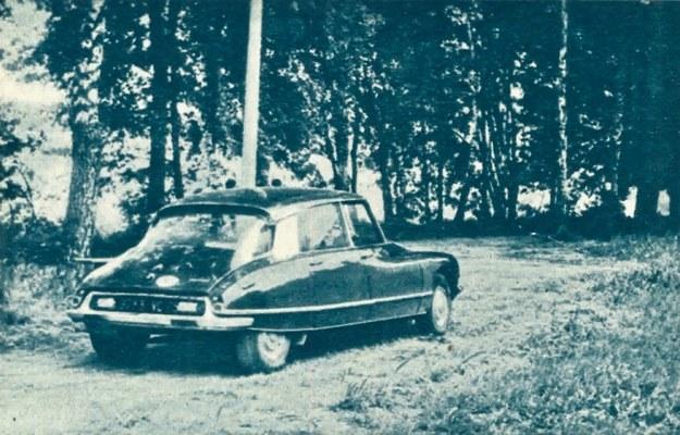 Samochód ma jedno z najlepiej opracowanych nadwozi pod względem aerodynamicznym. Proszę zwrócić uwagę na mały zwis tylny, kierunkowskazy umieszczone nietypowo przy górnych krawędziach tylnej szyby, niezabezpieczony wlew paliwa z pokrywą w prawym błotniku. /Citroen