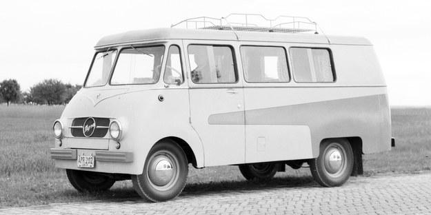 Samochód marki Nysa w wersji camping, rok 1959 /Archiwum Tomasza Szczerbickiego
