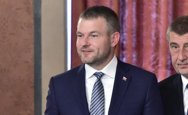 Samochód premiera Słowacji zderzył się z jeleniem
