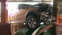 Samochód wjechał w restaurację. 5 osób zostało rannych