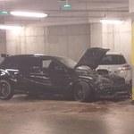"""Samochód """"zaalarmował"""" policję, gdy kierowca uderzył w filar"""