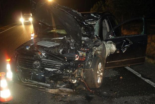 Samochód został kompletnie zniszczony /Policja