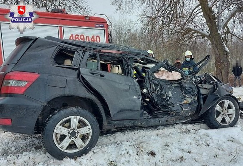 Samochód został kompletnie zniszczony... /