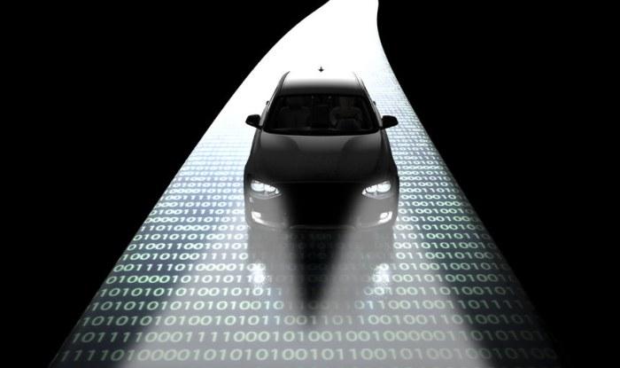 Samochody bez kierowcy będą stanowić doskonały cel ataków /123RF/PICSEL