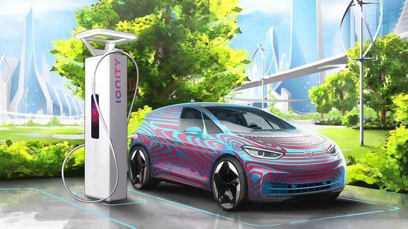 Samochody elektryczne mogą być ponad dwukrotnie tańsze w eksploatacji niż te z silnikiem spalinowym /materiały prasowe