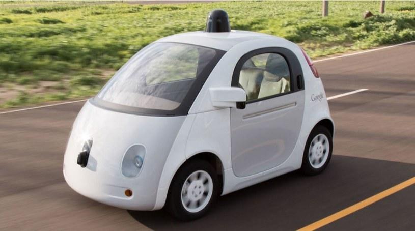 Samochody Google już poruszają się po ulicach miast /materiały prasowe