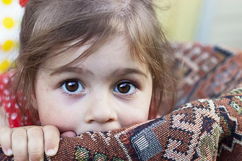 Samodzielność to ważna sprawa, ale dziecko musi znać granice swobody /123RF/PICSEL