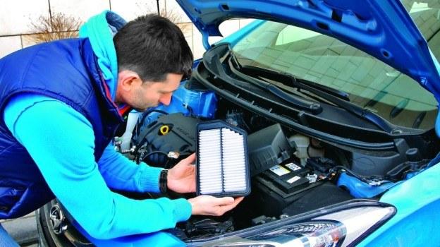 Samodzielny przegląd pozwoli uniknąć niepotrzebnej wymiany części i uniknąć zbędnych wydatków podczas wizyty w warsztacie. /Motor