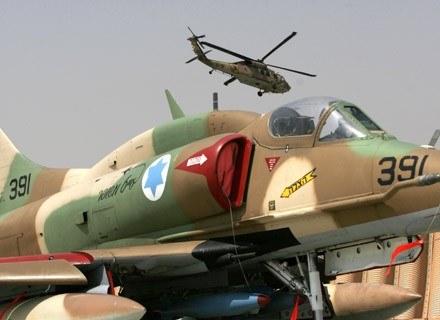 Samolot izraelskiej armii w bazie wojskowej Hazerim, 31 lipca 2007. /AFP