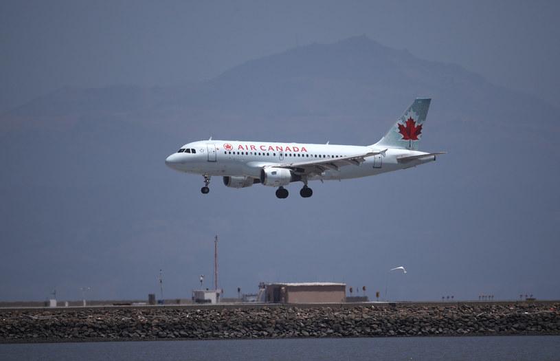 Samolot kanadyjskich linii lotniczych Air Canada, zdjęcie ilustracyjne /JUSTIN SULLIVAN / GETTY IMAGES NORTH AMERICA / Getty Images via AFP /AFP