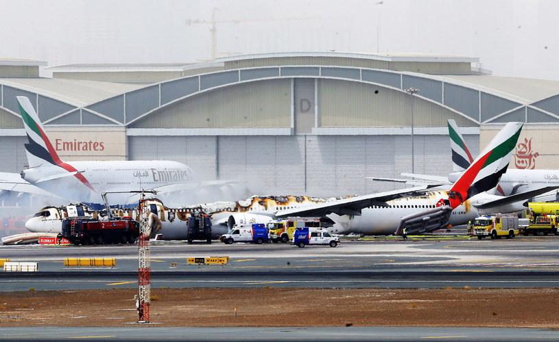 Samolot, który awaryjnie lądował /PAP/EPA