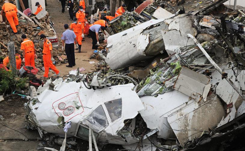 Samolot rozbił się przy lądowaniu /AFP
