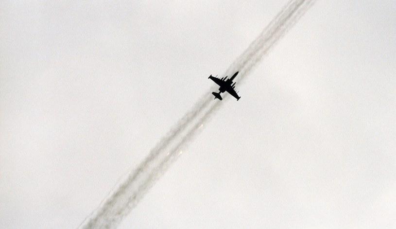 Samolot szturmowy Su-25 sił powietrznych Gruzji w locie bojowym (zdjęcie ilustracyjne) /Andrei Solovyov /Getty Images