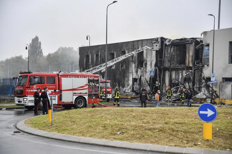 Samolot wleciał w pusty budynek /LaPresse/Associated Press /East News