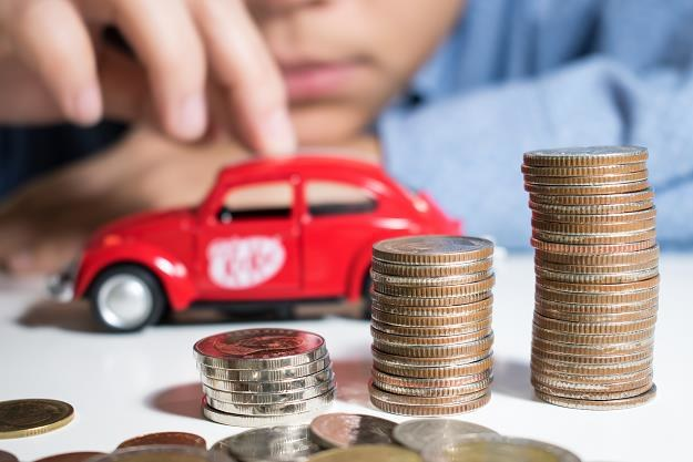 Samorząd będzie też mógł zwiększyć mandaty za parkowanie bez biletu /©123RF/PICSEL