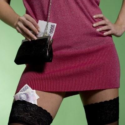 Samorządy szukają pieniędzy u ludzi zajmujących się prostytucją /© Bauer