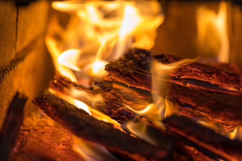 Samorządy zaczynają inwentaryzację źródeł ciepła /123RF/PICSEL
