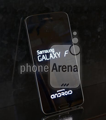 Samsung Galaxy F Fot. phonearena /materiały prasowe