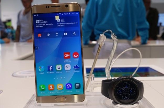 Samsung Galaxy Note 5 i Gear S2 /INTERIA.PL