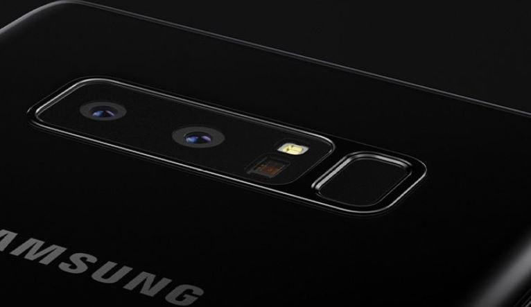 Samsung Galaxy Note 8 miał czytnik linii papilarnych na tylnym panelu. W 9 może być tak samo /materiały prasowe