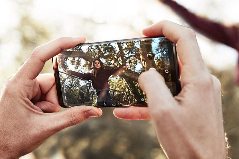 Samsung Galaxy S9 jest wyposażony w zupełnie nowy aparat /materiały prasowe