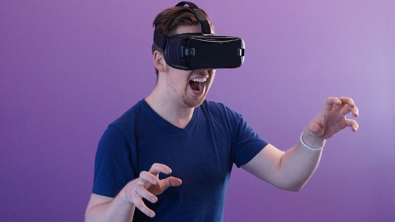 Samsung i Uniwersytet Stanforda zapowiadają przełomowy dla VR wyświetlacz OLED /Geekweek