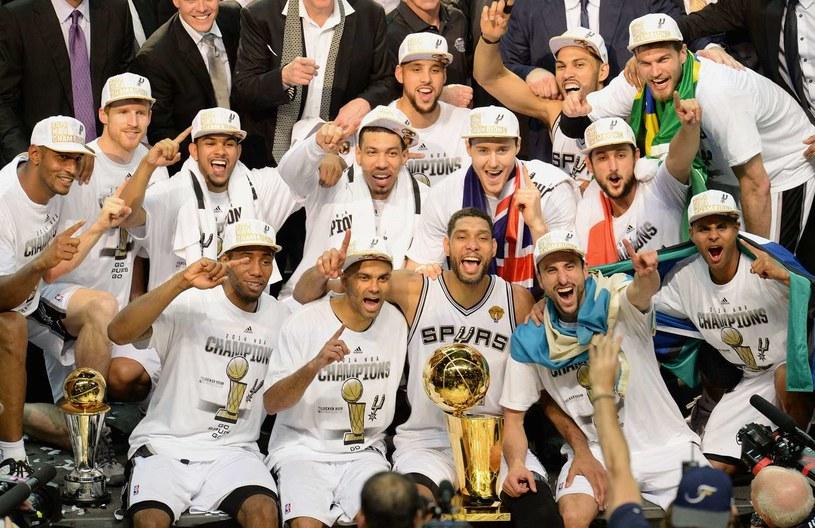 San Antonio Spurs - aktualni mistrzowie NBA /AFP