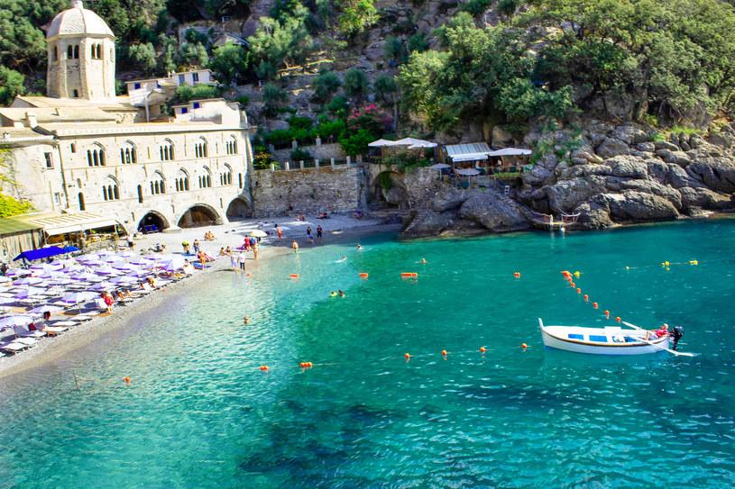 San Fruttuoso, mała zatoczka, do której można dotrzeć łodzią z Portofino /123RF/PICSEL