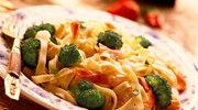 Sandacz z patelni z warzywami