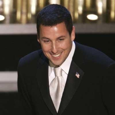 Sandler w swoich skeczach często łamie polityczną poprawność /AFP