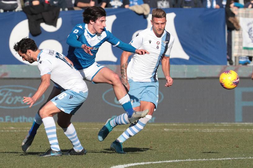 Sandro Tonali (w środku) na razie bryluje w Serie A /East News