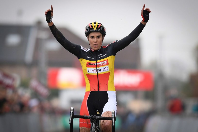 Sanne Cant triumfowała w Bieles /AFP
